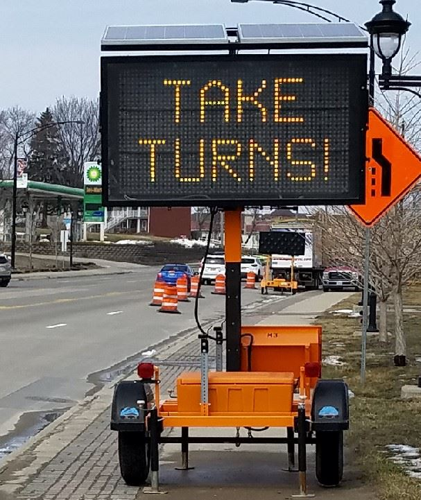 Take Turns sign